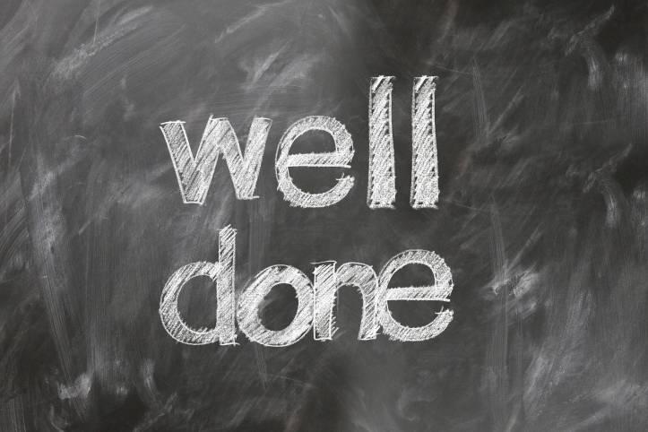 英語試験対策レッスン内容、英検STEP、TOEFL、TOEIC、IELTS-英語試験対策 well done 黒板 - 函館英会話教室EigoLa