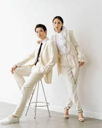 山本美月と瀬戸康史の結婚発表の写真