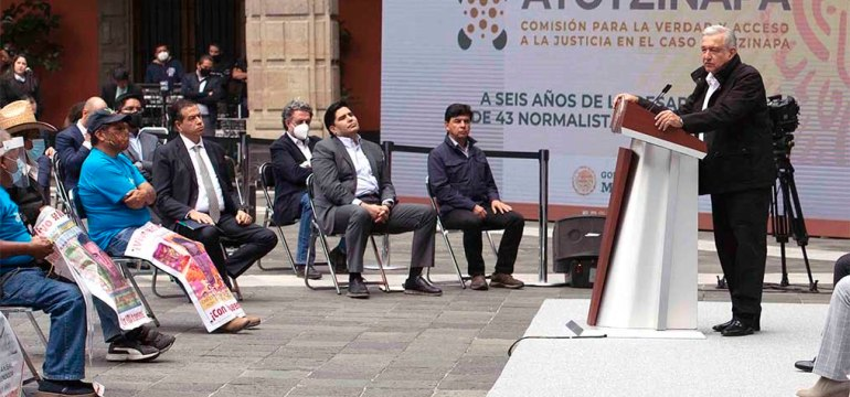 20200926 A seis anŢos de la desaparicioěn de 43 normalistas de Ayotzinapa 010