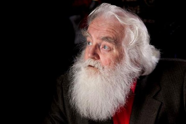 Ποιος είναι ο «Έλληνας» Άγιος Βασίλης- Τί φέρνει αντί για δώρα