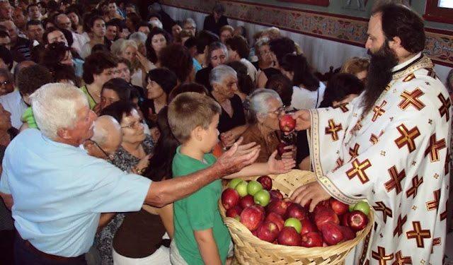 Τα λυγισμένα κυπαρίσσια και η αιώρηση της αγίας