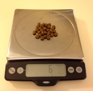 Weighing kibble