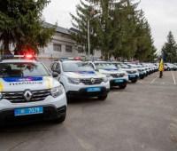 США подарили Украине 88 полицейских автомобилей