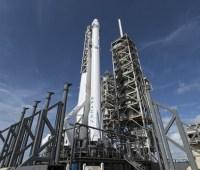 SpaceX запустила ракету со спутниками для глобального интернета