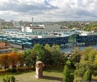 Алиев выкупит ТРЦ Ocean Plaza и объединит его с новым Ocean Mall