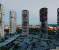 """Кличко просит правительство достроить """"свечки"""" на Троещине"""
