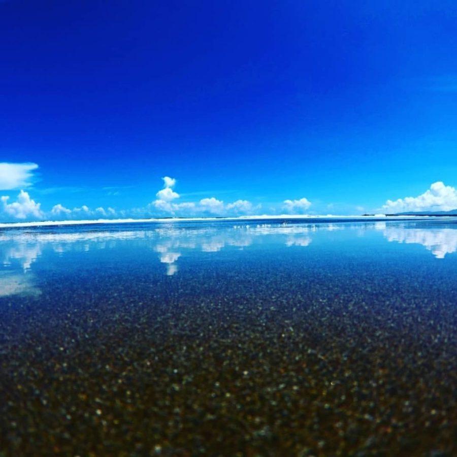 高知のウユニ塩湖「入野海岸」がため息ものの美しさ!