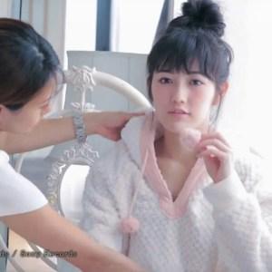 Download Mayu Watanabe - Onna no Ko Nara [1280x720 H264 AAC] [PV]