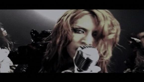 [2012.01.05] Versailles - The Revenant Choir (DVD) [480p]   - eimusics.com.mkv_snapshot_03.20_[2015.09.29_18.27.23]