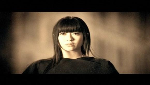 [2005.09.28] Utada Hikaru - Be My Last (DVD) [480p]   - eimusics.com.mkv_snapshot_01.52_[2015.12.21_20.54.02]