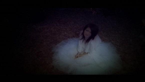 [2007.05.09] Mami Kawada - Beehive (DVD) [480p]   - eimusics.com.mkv_snapshot_01.58_[2015.12.22_15.08.48]