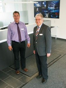 Stadtwerke-Geschäftsführer Bernd Cranen (l.) und Horst Diercks.