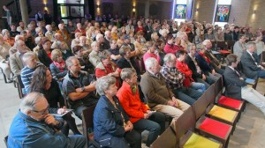 Großes Interesse hatten die Anwohner rund um das Gemeindezentrum am Sülbecksweg, rund 180 Menschen waren gestern in der Neustädter Kirche.