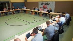 In der Turnhalle der Grundschule Kreiensen tagte heute der Schulausschuss.