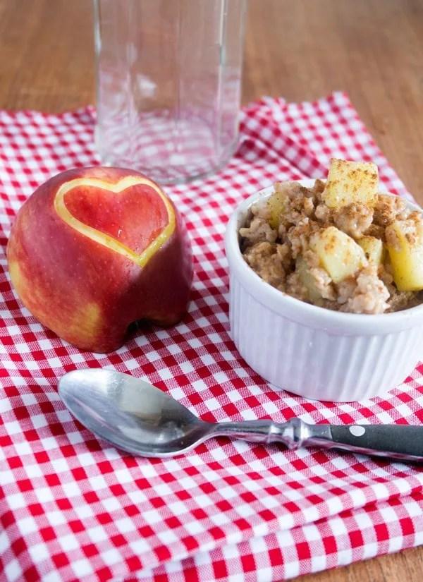 Applepie Oatmeal Pudding, super schnell gemacht und einfach köstlich. Yummy!