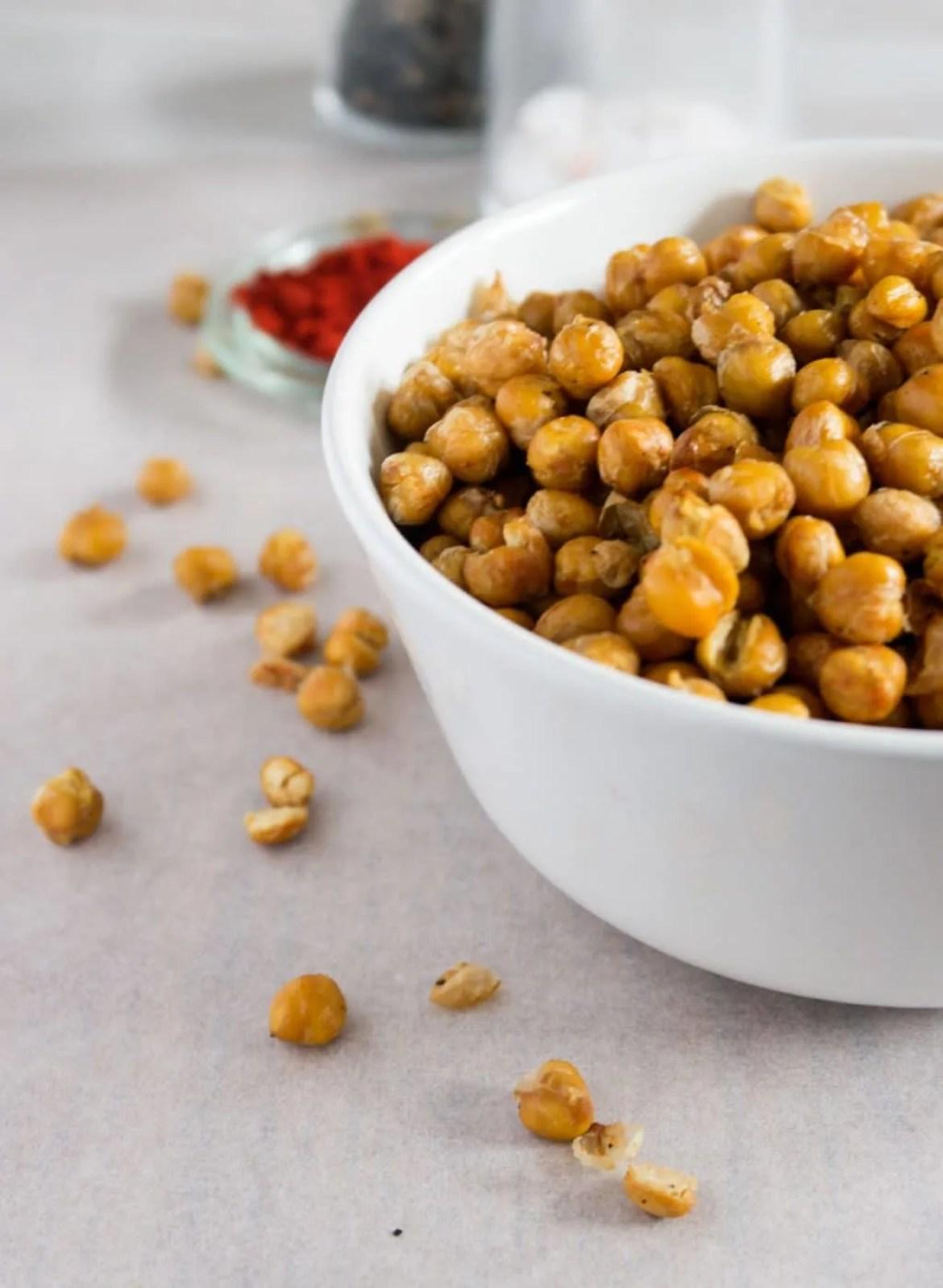 geröstete KIchererbsen, eine super Alternative zu Chips und Co., herzhaft, knusprig, würzig.