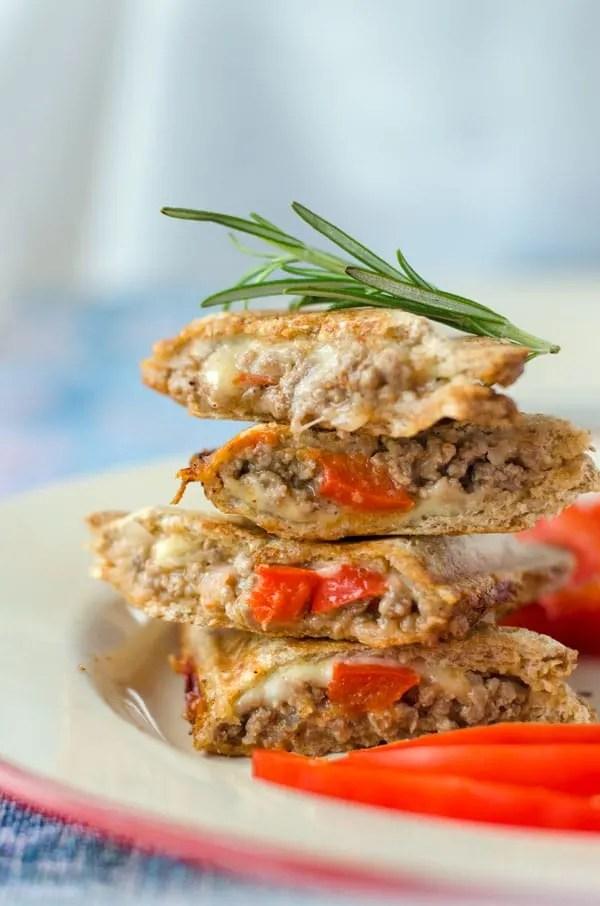 Feta-Paprika-Hackfleisch. Egal ob im Salatwrap, zu Pasta oder als Sandwich - immer ein Knaller. Recipe also in english! www.einepriselecker.de