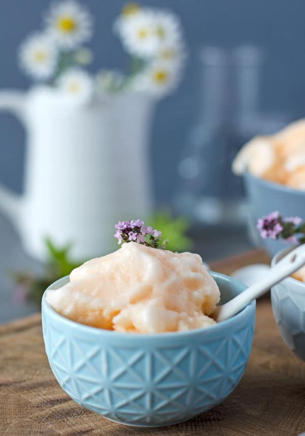 Granita Siciliana mit Guantalup Melone. Frisch, lecker, kalorienarm. Recipe also in english!