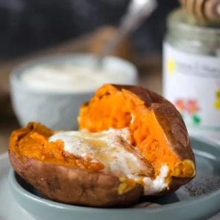10 Minuten Süßkartoffel mit Jogurt, Honig und Zimt