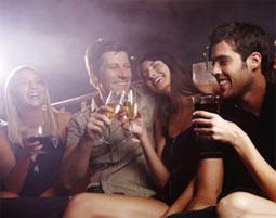 Coyote Ugly deine Party im Saloon – Junggesellen-Abschied fuer bis zu 30 Jungs