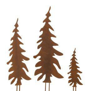 Diese Tannenbaum-Stecker aus Metall zeichnen sich durch ihr rostig-rustikales Aussehen aus. Sie geben Vorgärten und Beeteinfassungen ein winterliches Ambiente. Maße: Groß ca. B 24 x H 70 cm, mittel ca. B 20 x H 59 cm, klein ca. B 12 x H 36 cm, Gewicht: ca. 1,6 kg, Material: Metall.<br>