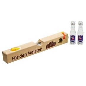 .das Original von Schnaps4fun. Aus einem Stück Hartholz gefertigt ist diese Wasserwaage das absolute Highlight. 2 x 20 ml Waldhimbeergeist 40% vol, Maße: ca. L32 x B4 x H4,5 cm.<br>