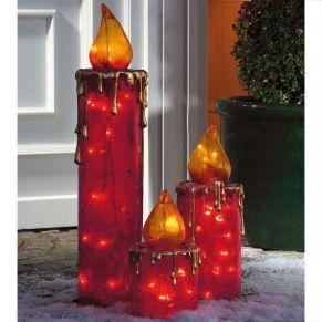 Für den Außen- und Innengebrauch. Das Set besteht aus drei Weihnachtskerzen in unterschiedlicher Größe, Leuchtmittel: LEDs, Kabellänge ca. 1.5 m, Maße: Klein ca. 28 cm hoch, 15 cm Ø (10 Lichter), Mittel ca. 40 cm hoch, 15 cm Ø (20 Lichter), Groß ca. 68 cm hoch, 15 cm Ø (30 Lichter), Gewicht: ca. 4,2 kg, Material: Polyresin/Fiberglas.