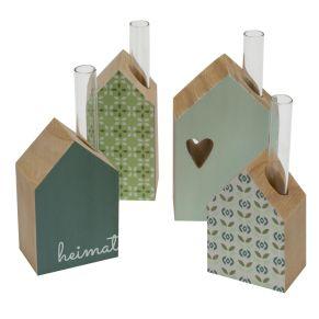 Diese niedlichen Häuser sind nicht nur dekorativ, sondern können auch als kleine Vase genutzt werden. Lieferung inklusive Reagenzgläschen, Häuser in 4 verschiedenen Größen und unterschiedlichen Farben und Mustern, Maße: ca. 13,5- 16 cm hoch, Gewicht: ca. 0,6 kg, Material: Kiefernholz, Glas.<br>