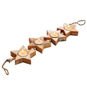 Weihnachtliche Tischdekoration. Vier Sterne mit Silber-Finish, auf rustikales Band gezogen, Mit Teelicht-Halterungen, Maße: ca. L59 x B10 x H2,5 cm, Material: Holz.<br>