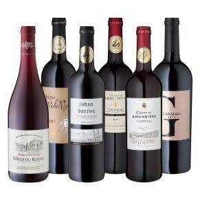 Die Rotweine des Midi verbinden auf unnachahmliche Weise französischen Charakter mit mediterraner Wärme und Lebensart. Ob Côtes du Rhône, Cobières oder Fitou es ist diese Mischung aus der brillanten Frucht von wilden Beeren mit der Kräuterwürze der Garrigue, der ursprünglichen südfranzösischen Heidelandschaft, die den Gaumen zutiefst beglücken. Und: Alle diese Weine sind großartige Begleiter würziger Speisen. Allergiehinweis: Enthält Sulfite.<br>