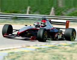 Steigen Sie in die Formel 1 ein – als Beifahrer im Doppelsitzer.