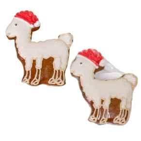 Weihnachtliches Lama aus Lebkuchen mit roter Mütze. Einzeln in Folie verschweißt, Maße: ca. B9 x H10 cm. Zutaten: WEIZENMEHL, Invertzuckersirup, Zucker, ROGGENMEHL, Feuchthaltemittel: Sorbitsirup, Trinkwasser, Gewürze, Karamelsirup, Backtriebmittel: