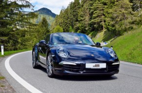 Ein Koenigreich fuer Porschefahrer!