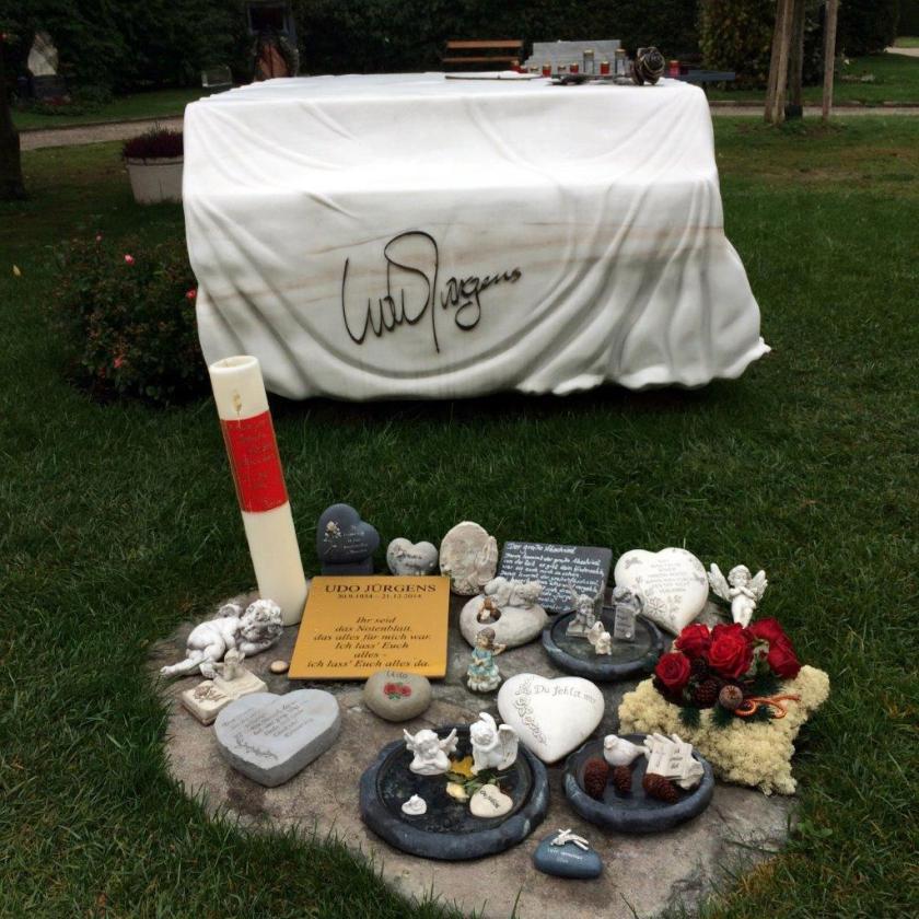 Zentralfriedhof Ehrengrab Udo Jürgens