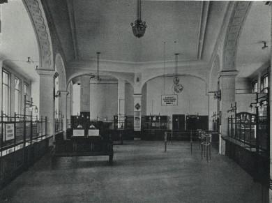 Kassensaal Kommunalsparkasse Hernals - Alfred Paleczny Sparkassenverband