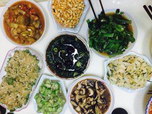 Essen für Kinder in China: Mittagessen oder Abendessen