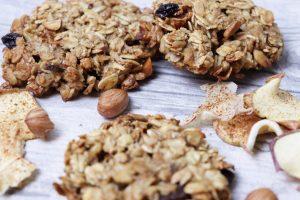 Nussige Apfel-Zimt Cookies