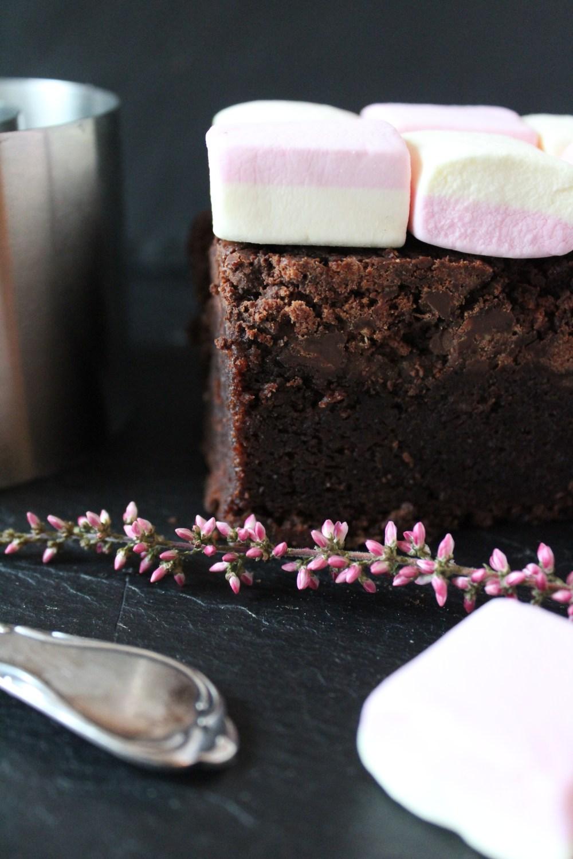 Brownie mit Marshmallow-Topping von Einmal Nachschlag, bitte | Foto: Linda Katharina Klein