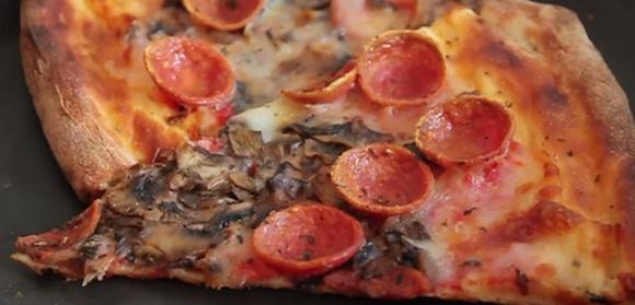 Hitaðu pizzu eins og atvinnumaður [Heimilisráð]