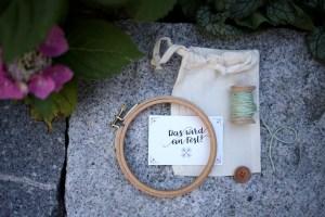 Sticken, moderne Hochzeit, romantische Hochzeit, Willkommen, Gastgeschenk, Stitching Wedding, Gestickt, Herzlichst Shop