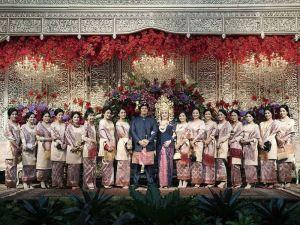 10-cantik-pengiring pengantin-berdandan-tradisional-pernikahan-1