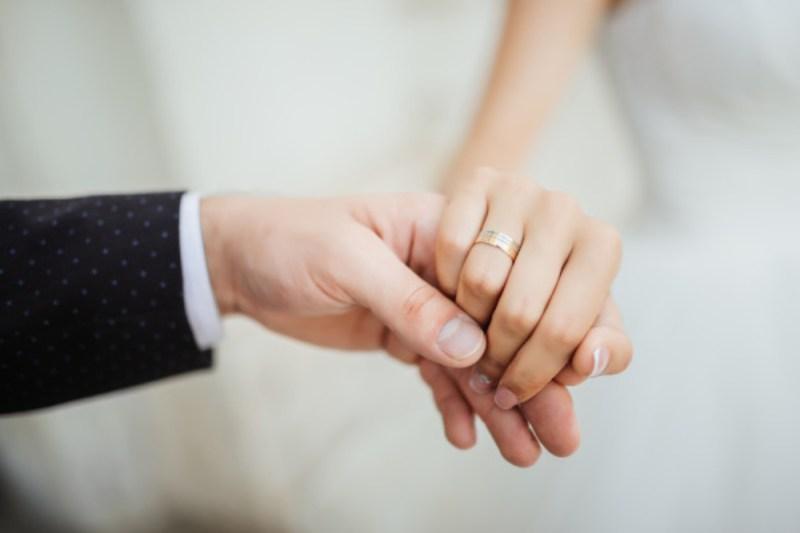 5 Tips Menghindari Stres Saat Mempersiapkan Pernikahan