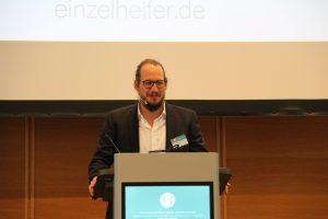 Christian Heerdt am Rednerpult (KDA)