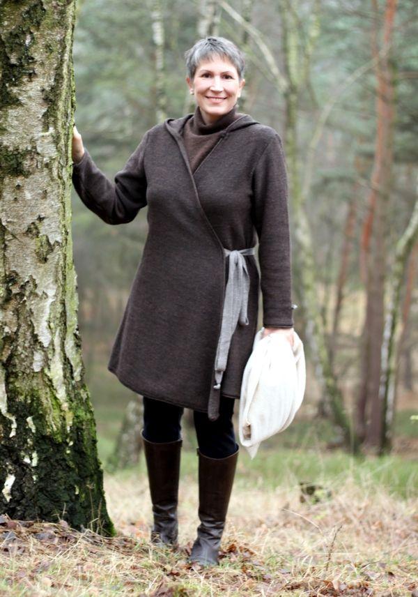 Ines-Meyrose-Strickmantel-Scandic-Dreieickstuch-Zwillingsherz-2-i
