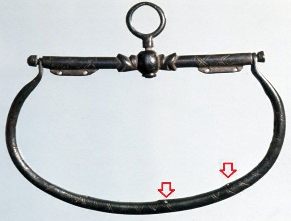 typical purse frame