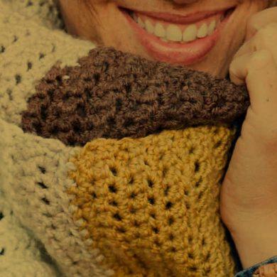 Crochet a Quick Cowl