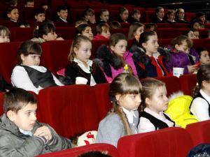 В Тимашевске прошла встреча с учащимися школ по теме «Война глазами детей»