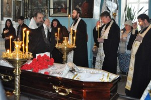 Епископ Ейский и Тимашевский совершил литию по новопреставленному протоиерею Георгию Сидорову