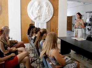 Волонтёров молодёжного клуба «Стимул» познакомили с православным праздником, в народе именуемым Медовым Спасом