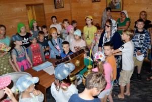 В дни летних каникул школьники активно посещают храмы Староминского благочиния